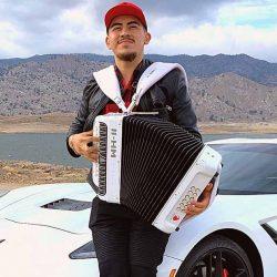 Fernando Ayala, un dreamer talento del campo al canto
